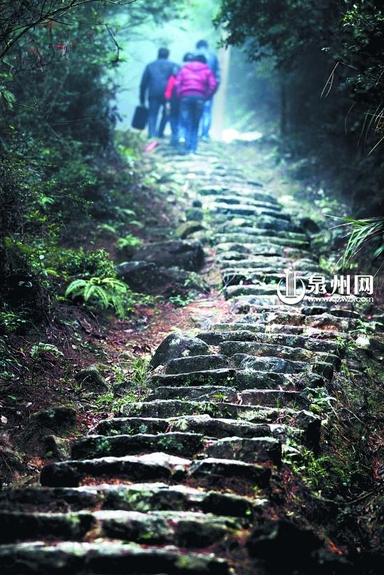 南安五台山千年古官石道:一段封存的繁华梦影