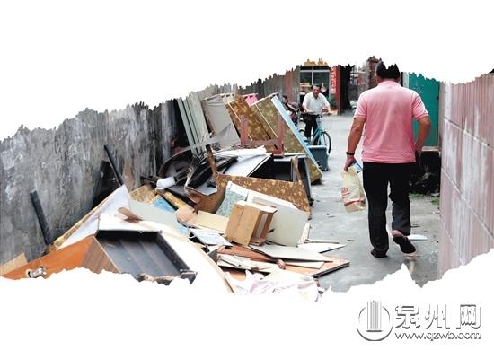 """[转载]泉州前坂社区:垃圾堆成""""拦路虎""""居民要""""打虎"""""""