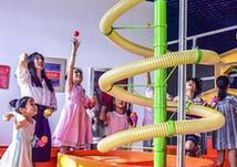 (社会)(3)河北阜城:乐享科技度暑假